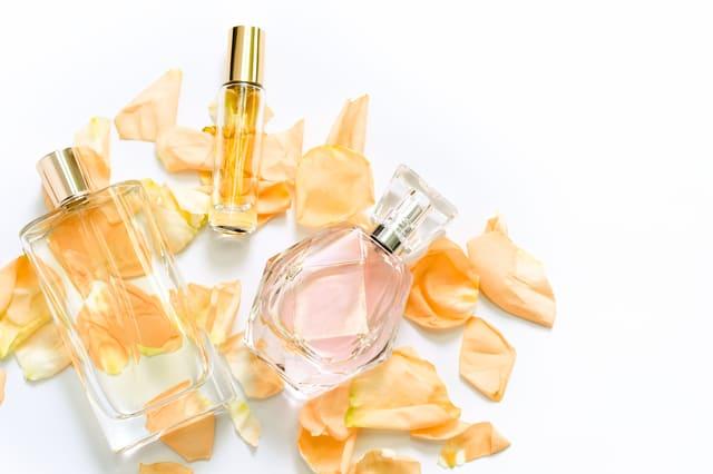 女性用フェロモン香水の効果と人気ブランド5選
