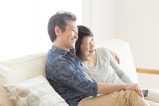 アラフィフ婚が増加している理由 50代で結婚して幸せになるために